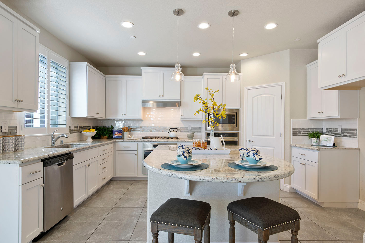 75 Beautiful White Kitchen Cabinets Pictures & Ideas | Houzz