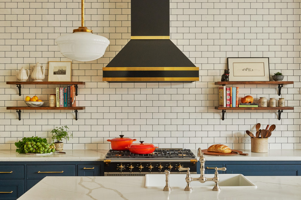 Stunning black and brass customrangehood