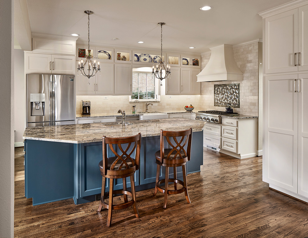 Stunning Traditional Kitchen with a Pop of Color ...