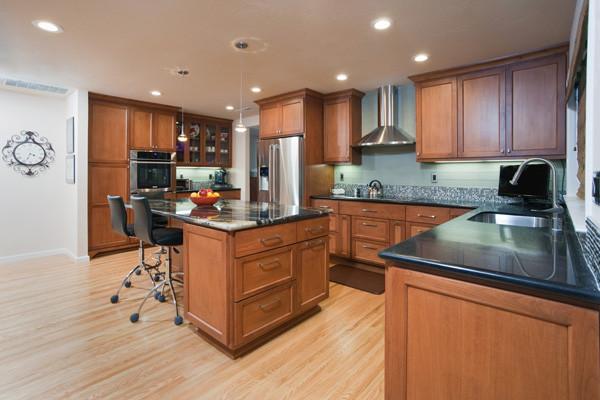 Stylish Kitchen traditional-kitchen