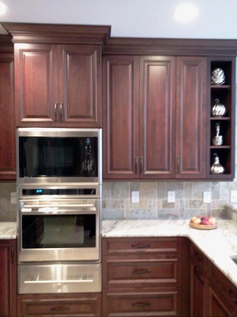 Sub-Zero Wolf 2010-2012 Kitchen Design Contest traditional-kitchen