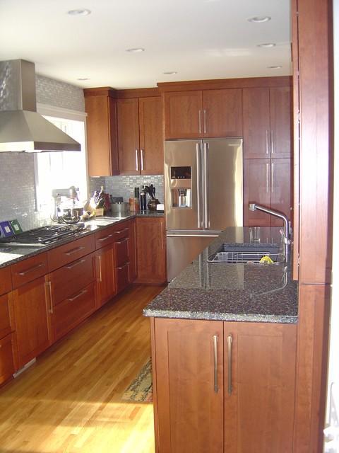Suburban Make-Over traditional-kitchen