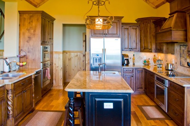 Rustic & Traditional Kitchens rustic-kitchen
