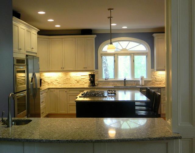 Sullivan Kitchen traditional-kitchen