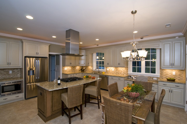 Sully Style traditional-kitchen