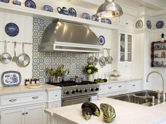 Summer Beam Kitchen, White Kitchen traditional-kitchen