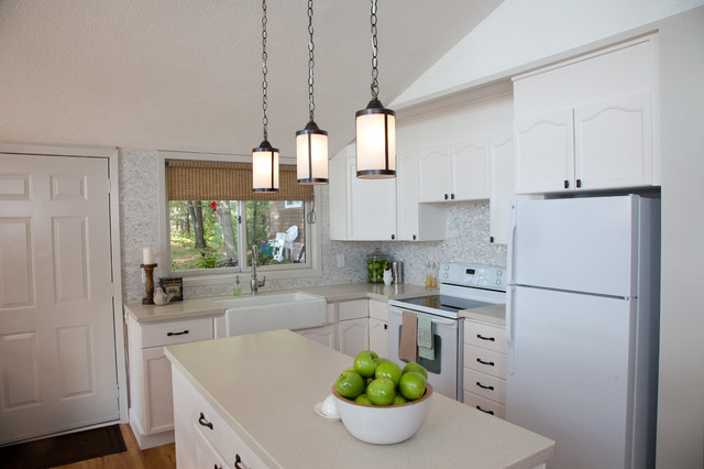 Summer Homes contemporary-kitchen