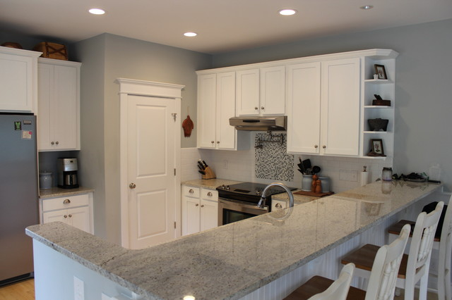 Sun Space beach-style-kitchen