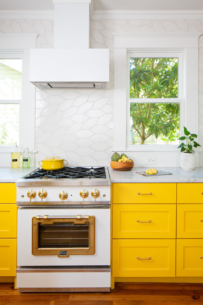 6 Colors to Brighten Up Your Kitchen This Summer