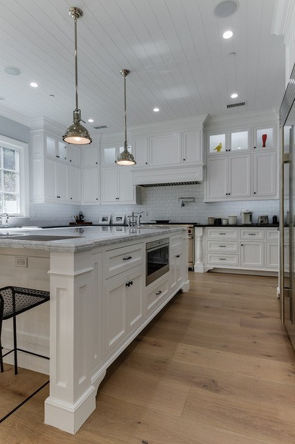 Sunset 9 1 2 Engineered Hardwood Flooring Traditional Kitchen Los Angeles By Adm
