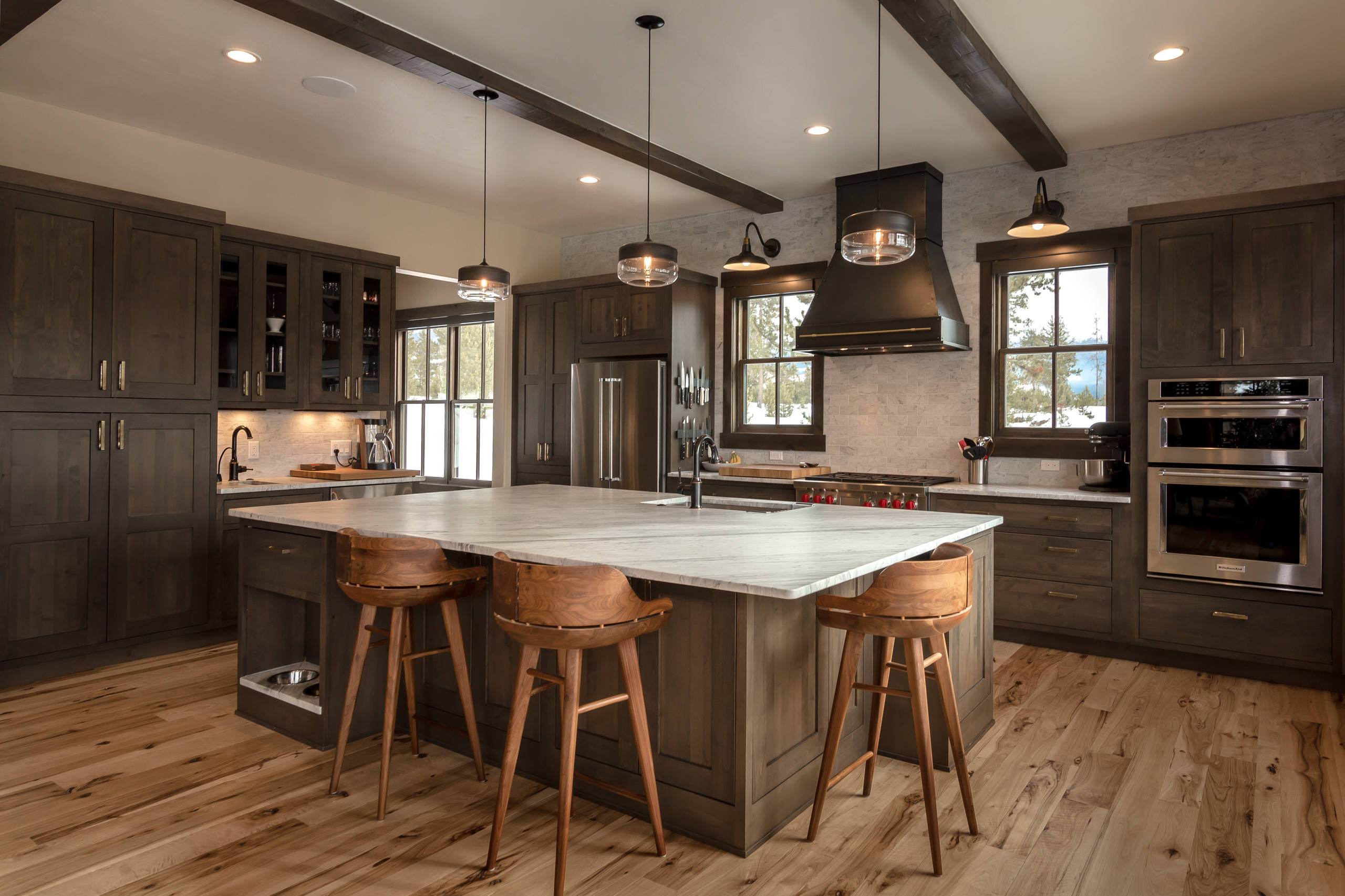 75 Beautiful Rustic L Shaped Kitchen Pictures Ideas April 2021 Houzz
