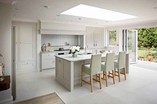 Surrey bespoke traditional shaker kitchen transitional for Kitchen design london