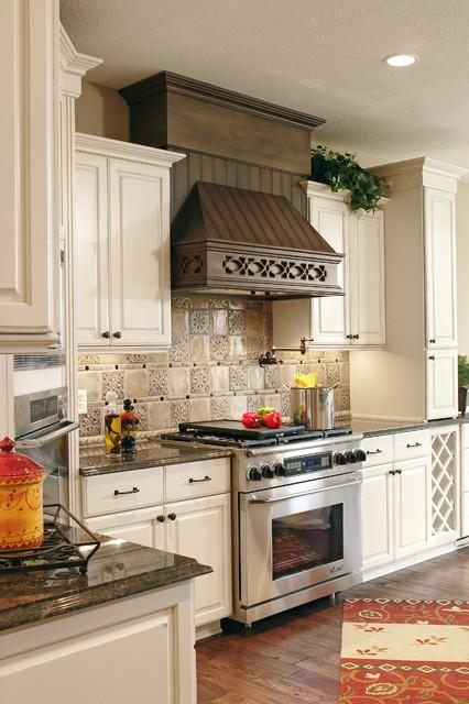 Surrey traditional-kitchen