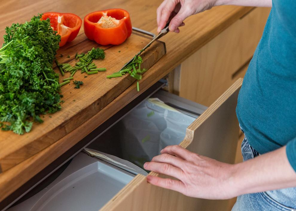 Kitchen - scandinavian kitchen idea in Adelaide