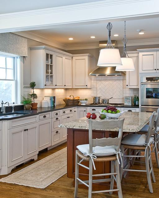Swampscott Home traditional-kitchen