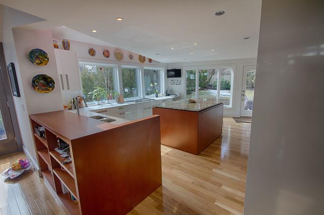Swampscott Modern Kitchen Kitchen Boston By Mottl