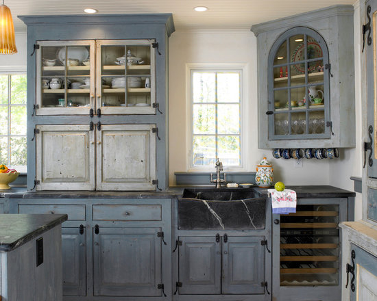 138 Farmhouse Eat In Kitchen Design Photos with Blue Cabinets