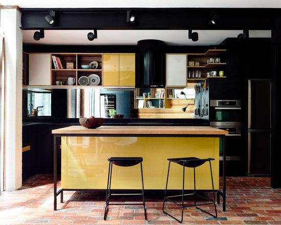 Mustard Yellow Kitchen Design Ideas, Remodels & Photos