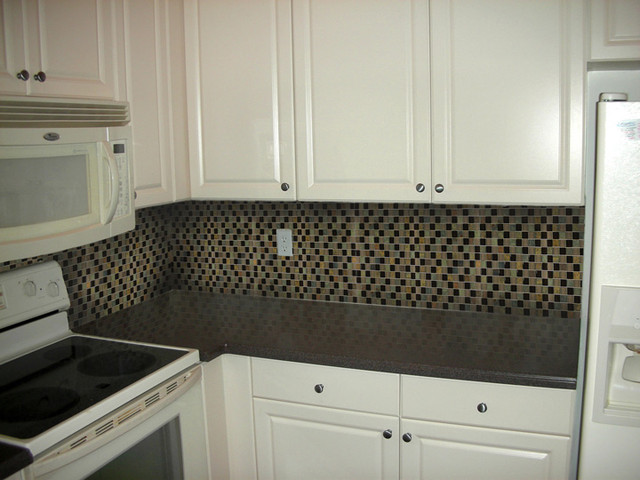 Tall Backplash with Small Tiles traditional-kitchen