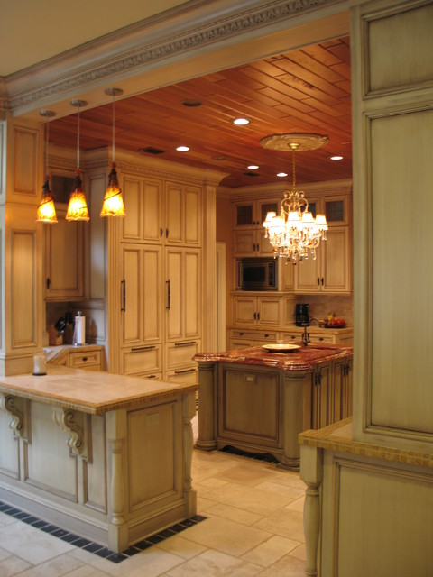 Tallahassee Residence traditional-kitchen