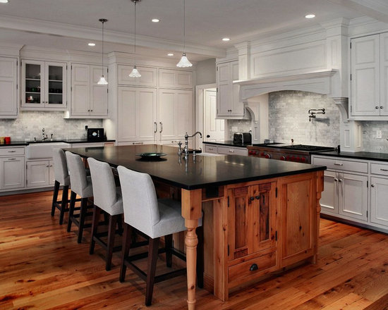 41 eat in kitchen design photos with medium tone wood cabinets