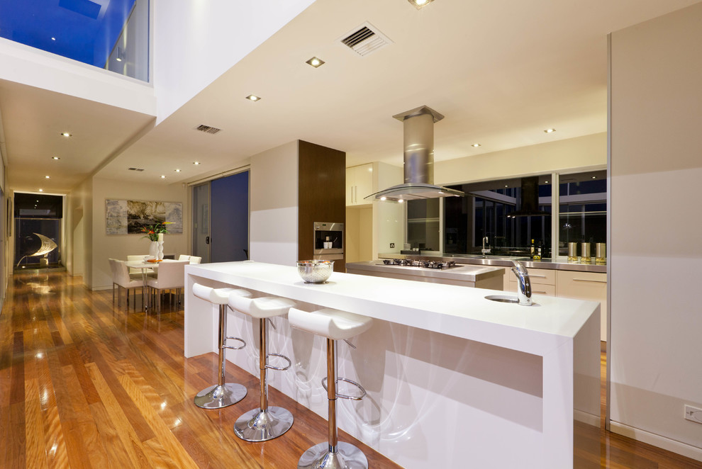 This is an example of a contemporary kitchen in Canberra - Queanbeyan.