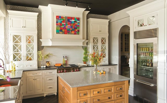 Tangerine designs showroom traditional kitchen omaha for Tangerine bathroom ideas