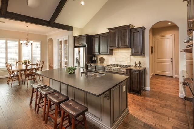 Tangle Creek Acadian Traditional Kitchen Houston