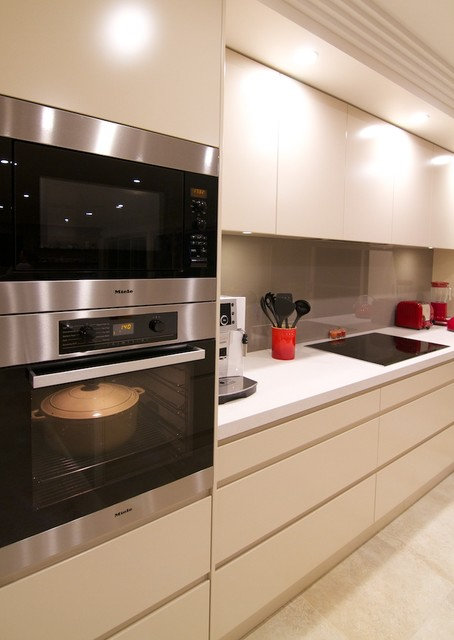 Taren point project contemporary kitchen sydney by for Outdoor furniture taren point