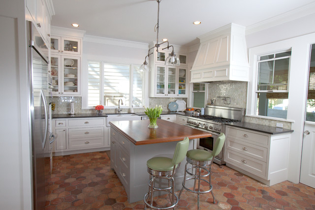 Tarrytown Cottage traditional-kitchen