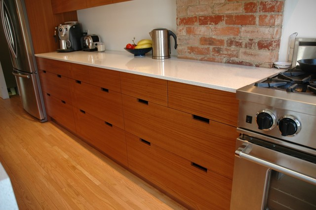 Teak kitchen cabinets for Modern teak kitchen cabinets