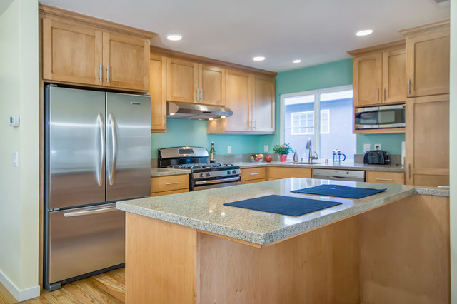 Teal Kitchen  Traditional  Kitchen  San Francisco  by Bill Fry