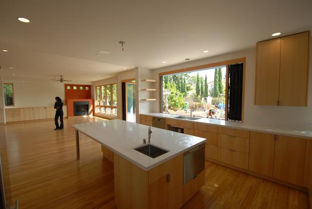 Tella_Sakamoto- Palo Alto - Modern - Kitchen - san francisco - by Rockwood Design Associates, Inc.