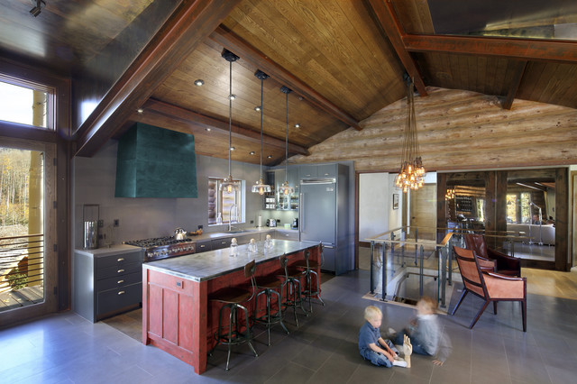 Rustic Kitchen by TruLinea Architects Inc.