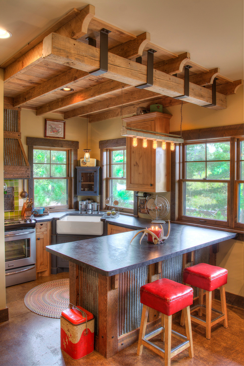 75 Beautiful Rustic Kitchen With Laminate Countertops Pictures Ideas January 2021 Houzz