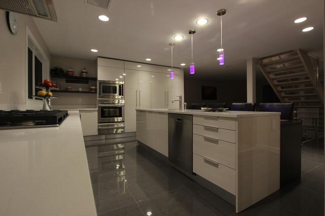 Tenafly zen kitchen for Modern zen kitchen
