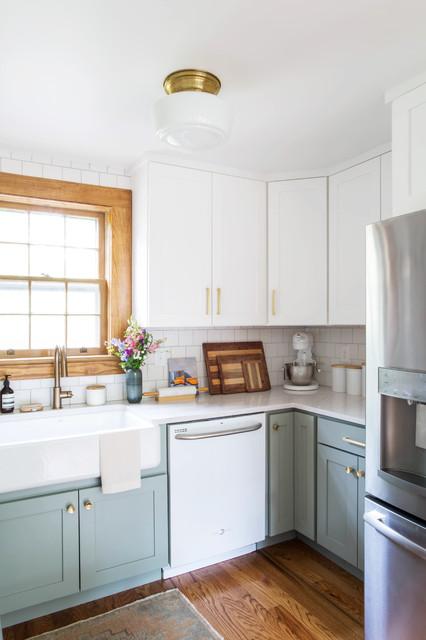 Surprising Tennessee Tudor Kitchen Klassisch Modern Kuche Interior Design Ideas Apansoteloinfo