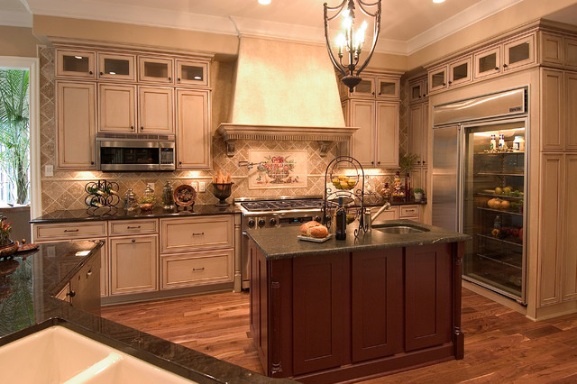 Tennesseemountain luxury for Traditional kitchen meaning