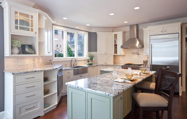 Example Of A Trendy L Shaped Kitchen Design In Atlanta With Stainless Steel  Appliances,