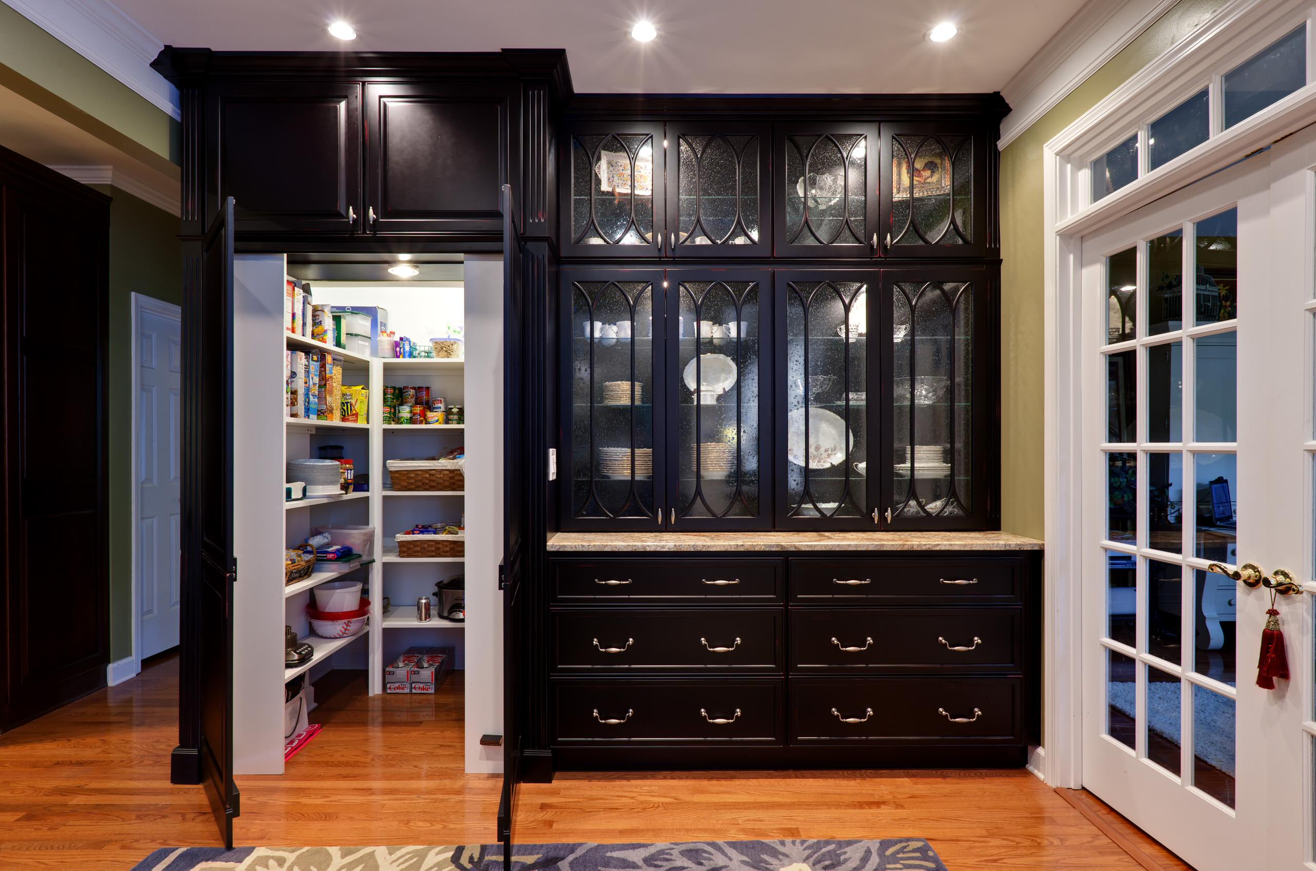 75 Beautiful Kitchen Pantry With Black Cabinets Pictures Ideas March 2021 Houzz