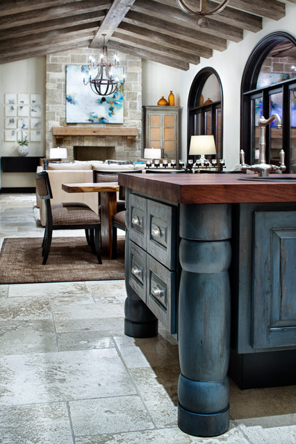 Texas Chic traditional kitchen