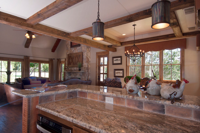 Texas vacation cabin rustic-kitchen
