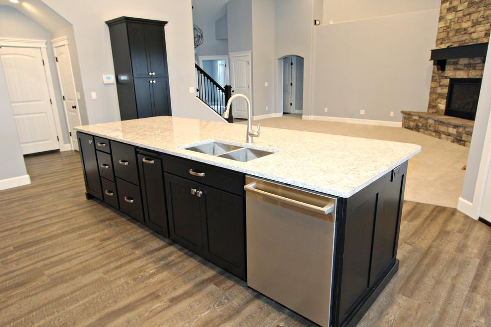 Textured Melamine Kitchen and Bathroom Cabinets, Kimberly ...