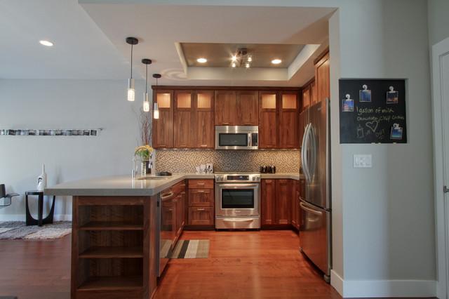 The 4 @ Lincoln |  3.0 modern-kitchen