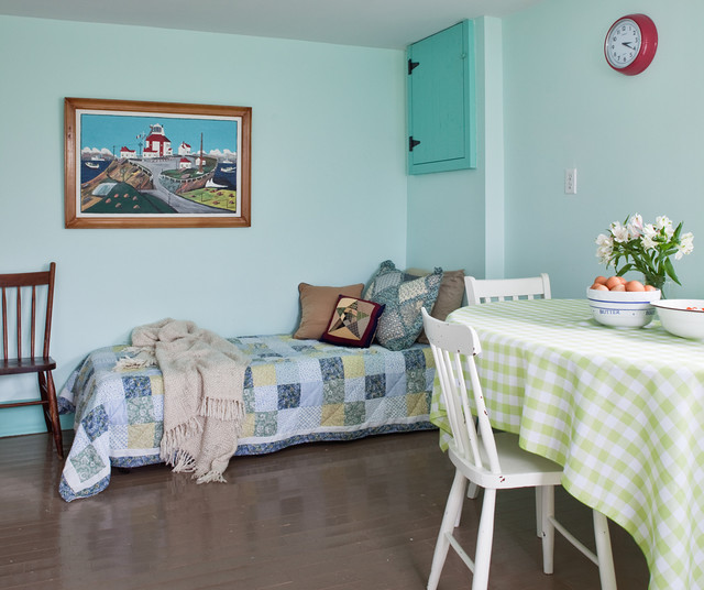 The Anchor House beach-style-kitchen