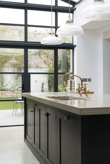 This is an example of a traditional kitchen in London.