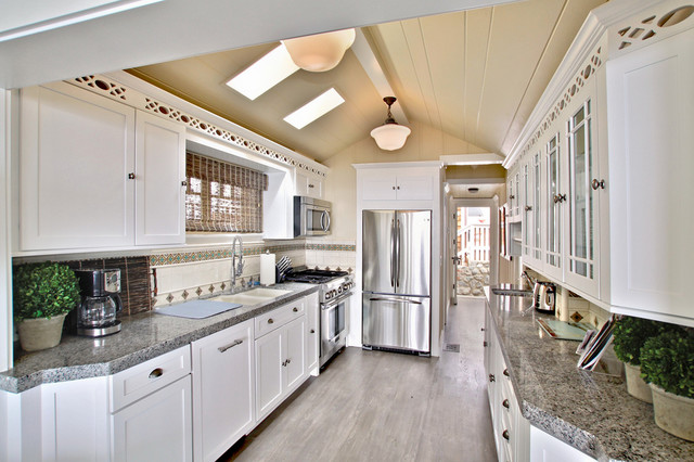 The Beach House traditional-kitchen