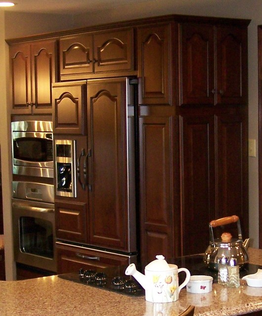 The Beauty of Cherry traditional-kitchen