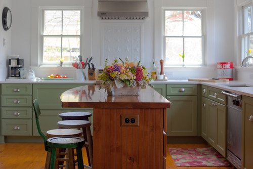 What is the cabinet paint color?