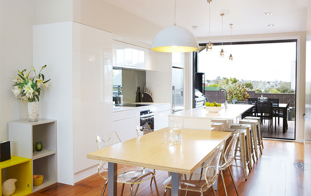 The block nz season 1 contemporary kitchen auckland for Modern kitchen designs nz